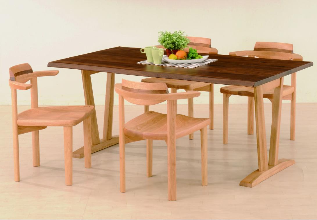 飛騨の香り テーブル